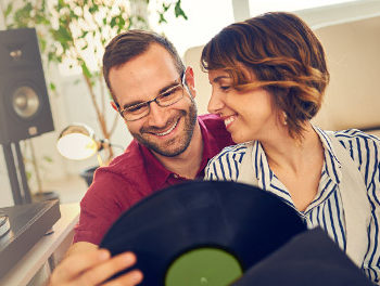 couples listening to music