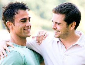 gay dating couple